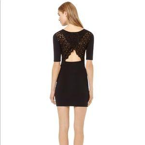 New Aritzia Newbury dress with cut out back
